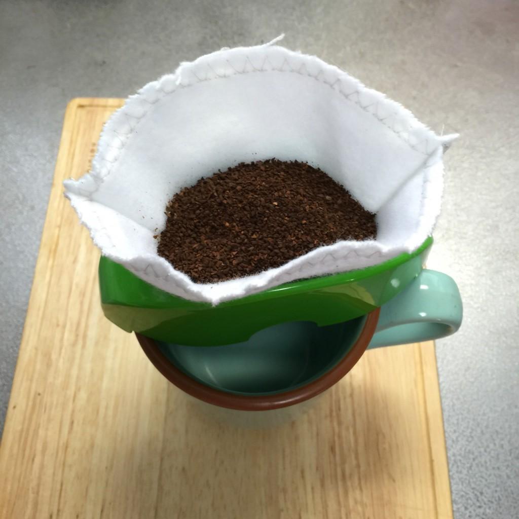 コーヒーフィルターを作る