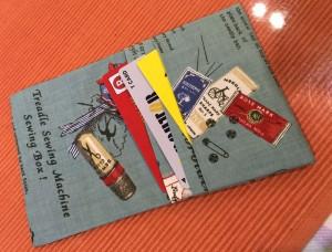 布の簡単カードケース出来上がり