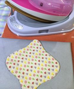 布ナプキンの作り方 布を返す