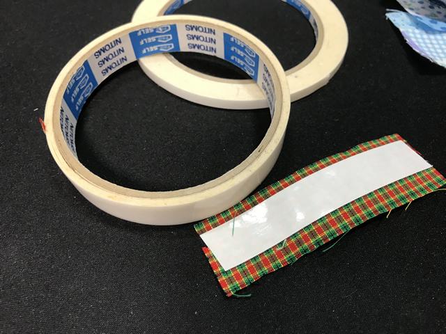 布シールと両面テープ
