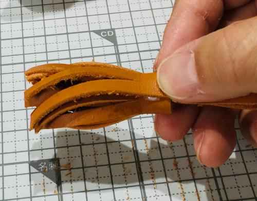 革のタッセル作り方
